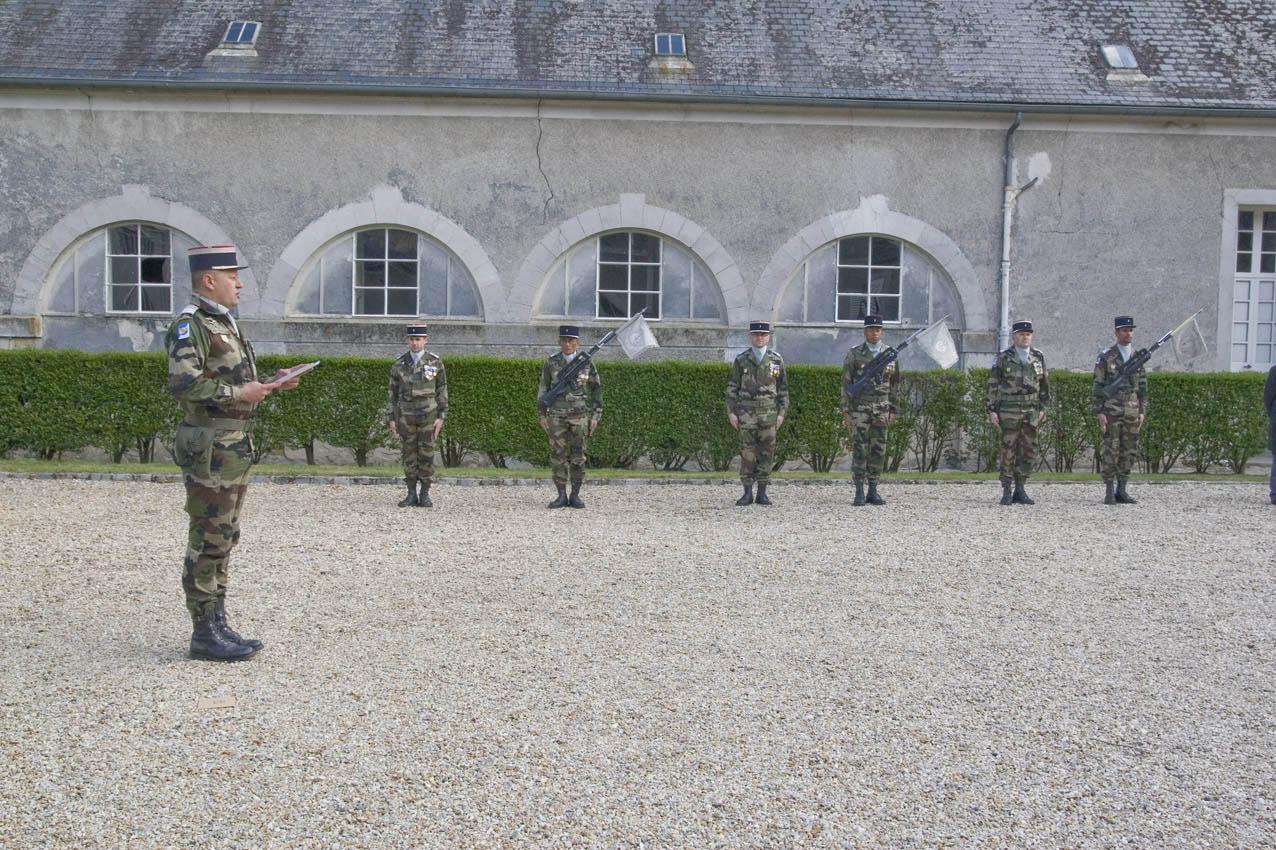 Céremonie militaire - remise de médailles